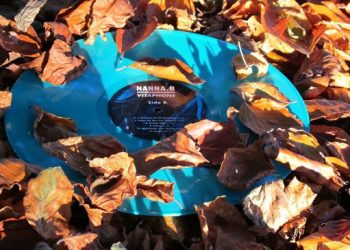 Vitaphone is also available on vinyl in this stunning colour - leaves not included!