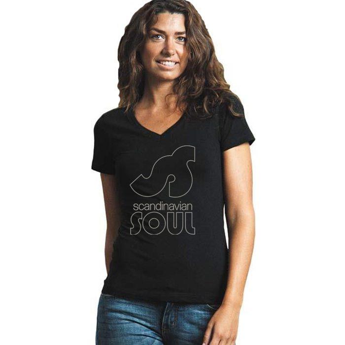 Woman in black v-neck t-shirt