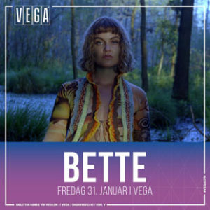 Bette singer live