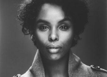 Black and white image of soul singer