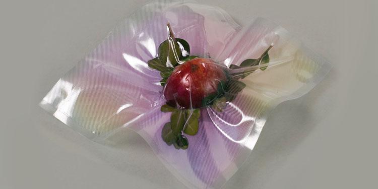 Vacum packed apple